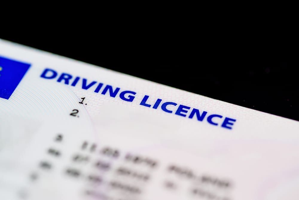 how to check a driving licence