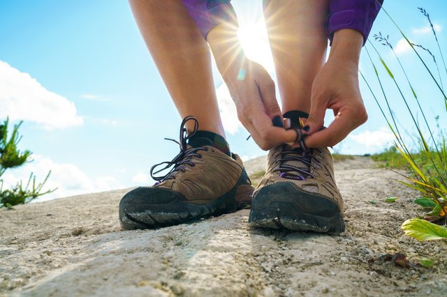 <p>The best men's shoes for hiking and walking 2021</p>