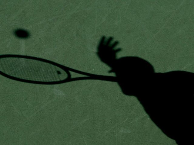 Outdoor sports venues like tennis courts can reopen on Monday, March 29. Photo: Getty Images
