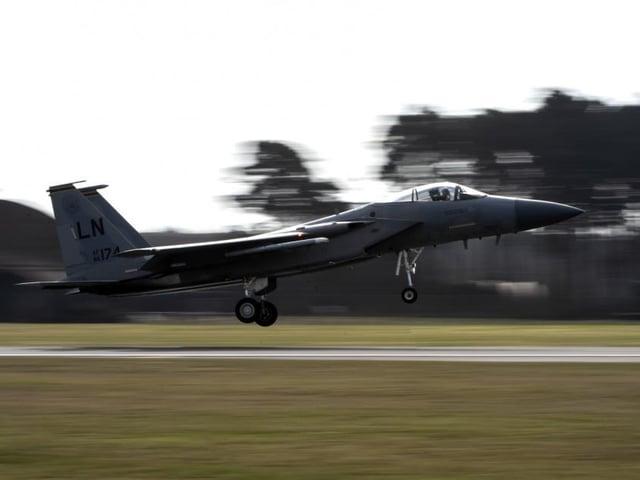 An F-15C Eagle taking off from RAF Lakenheath.