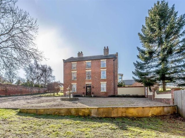 Picture: Rightmove/Fine And Country, Rugby