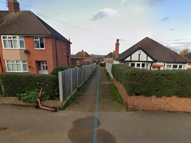 The alleyway between Gloucester Avenue and Friars Crescent in Northampton. Photo: Google