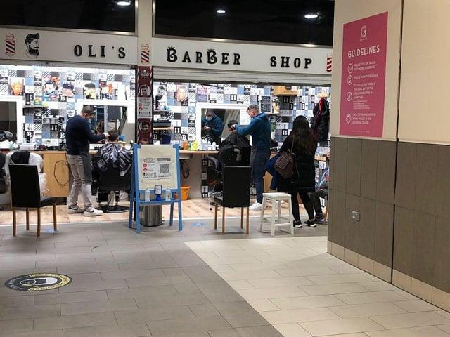 Oli's Barber Shop opens for business