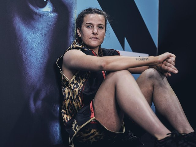 Chantelle Cameron will defend her world title in Las Vegas next month