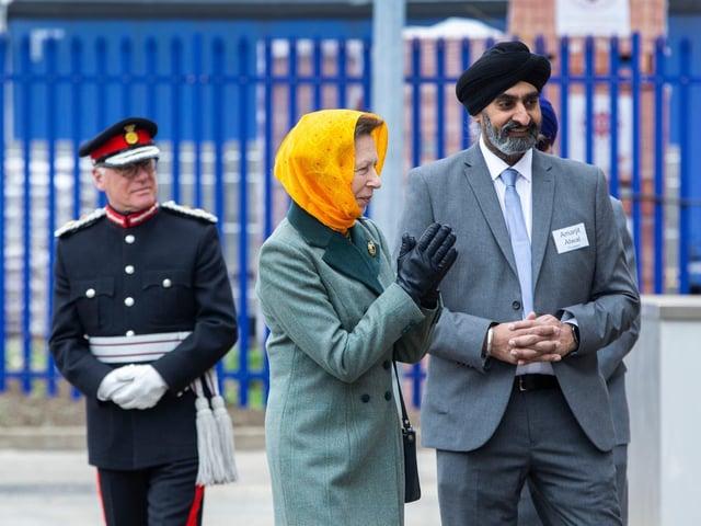 Princess Anne visits Siri Guru Singh Sabha with gurdwara trustee Amarjit Atwal Singh and Lord Leiutenant of Northamptonshire James Saunders Watson. Photo: Royal Family