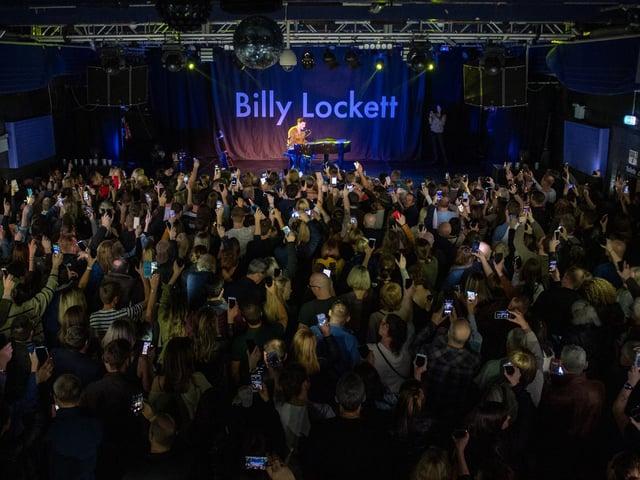 Billy Lockett headlining the Roadmender in January, 2020. Photo by David Jackson.