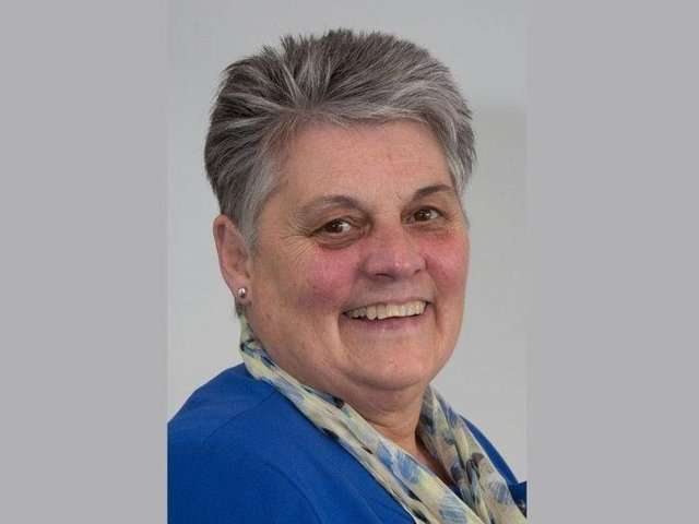 Caryl Billingham has stepped down after serving her town as a councillor for 46 years.