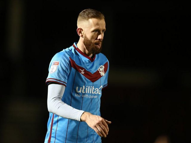 Kevin van Veen has been released by Scunthorpe.