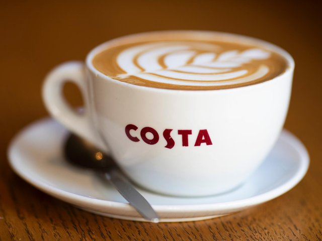 An application to build a Costa Coffee drive-thru and seven units on employment development land in Brackley is being recommended for approval.
