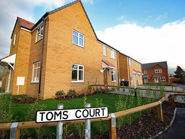 Toms Court, Collingtree