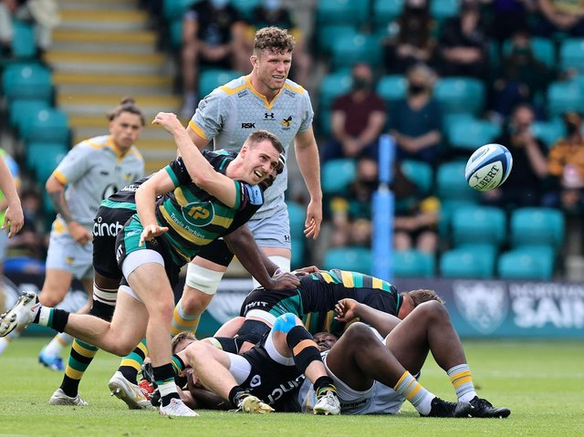 Tom James in action for Saints against Wasps