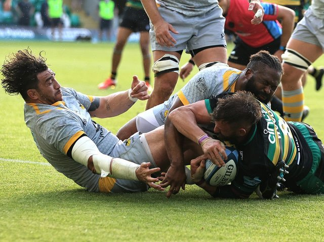 Tom Wood scored what proved to be the winning try for Saints
