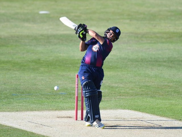 Ricardo Vasconcelos top scored for Northants with 36 from 27 balls
