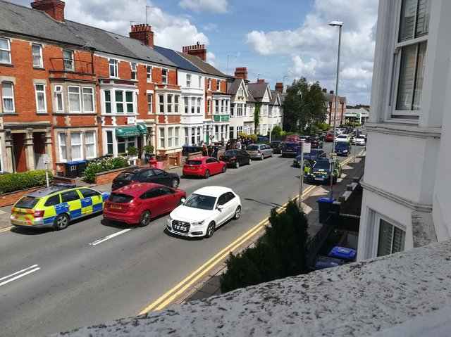 Around four or five police cars were seen in Abington Avenue by an eyewitness.