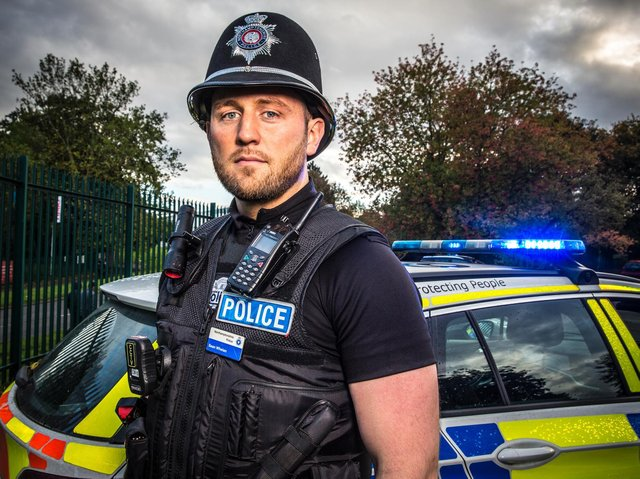 PC Sean Whelan is dispatched to deal with a fight in a shared kitchen in tonight's 999: What's Your Emergency?