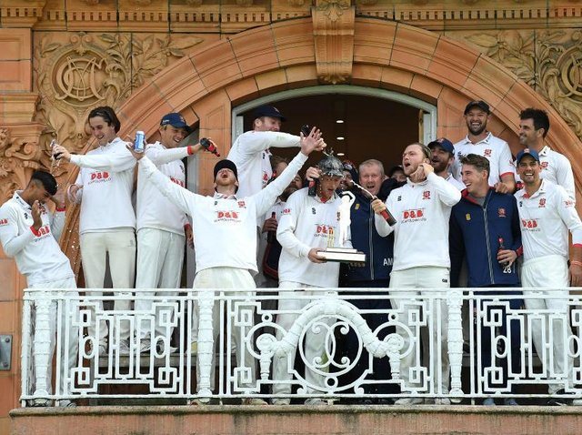 The Essex players celebrate their Bob Willis Trophy win at Lord's in 2020
